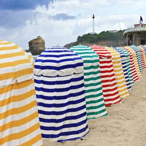 plage-biarritz-tente